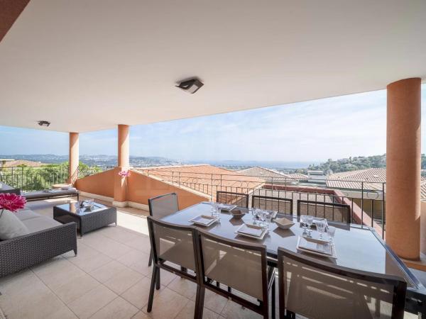 3 bed, terrace, cellar, parking, secured domain, tennis, pool, sea view in Mandelieu
