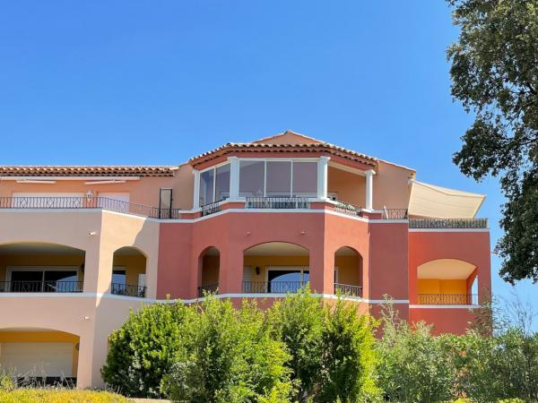 Roquebrune s.Argens| Penthouse with SEA and MOUNTAIN VIEWS