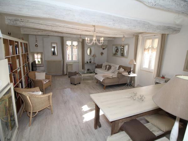 HOUSE - VINS SUR CARAMY